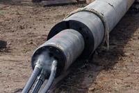 крепление пневмомолота к стальной трубе при использовании вместе с установкой ГНБ
